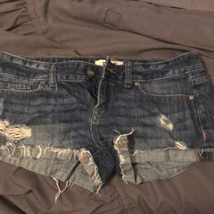 PINK jean shorts size (2)